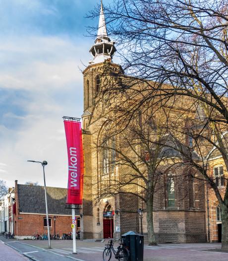 Parochiebestuur stelt sluiting van kathedraal uit