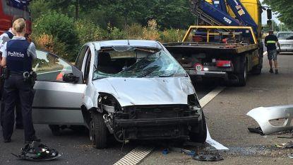 Auto gaat over de kop in Diepenbeek: bestuurster zwaargewond