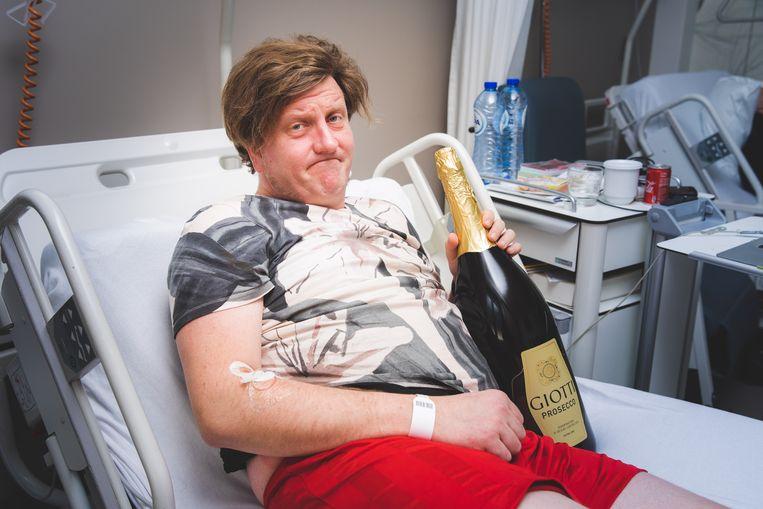 Stefaan De Winter herstelt van zijn operatie