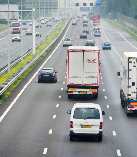 'Waarom komt er geen inhaalverbod voor vrachtauto's?'