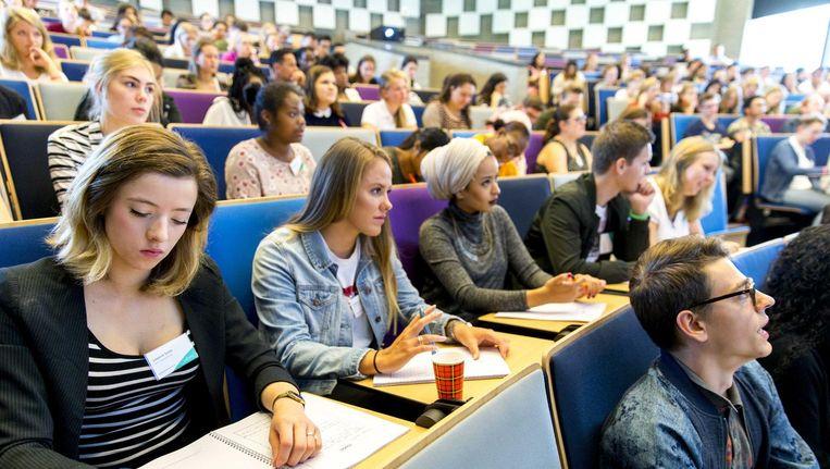 Studenten aan de Erasmus Universiteit Rotterdam. Beeld ANP
