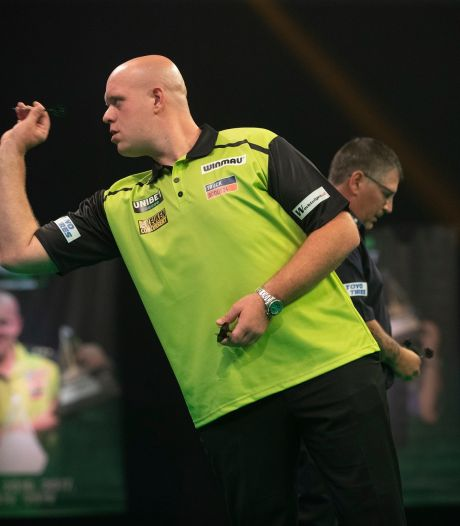 Van Gerwen onderuit in finale van International Darts Open