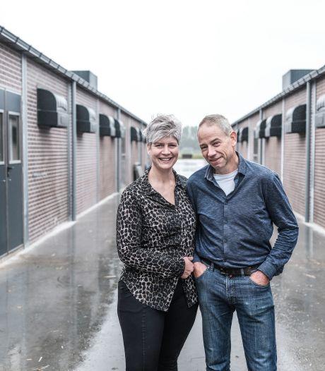 Roer om na tragische brand: in de varkensstal van boer Krüs mag iedereen komen kijken