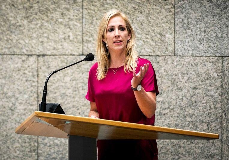 Lilian Marijnissen (SP) tijdens het debat met premier Rutte over het kabinetsbesluit om de dividendbelasting te behouden, vorig jaar oktober.  Beeld ANP