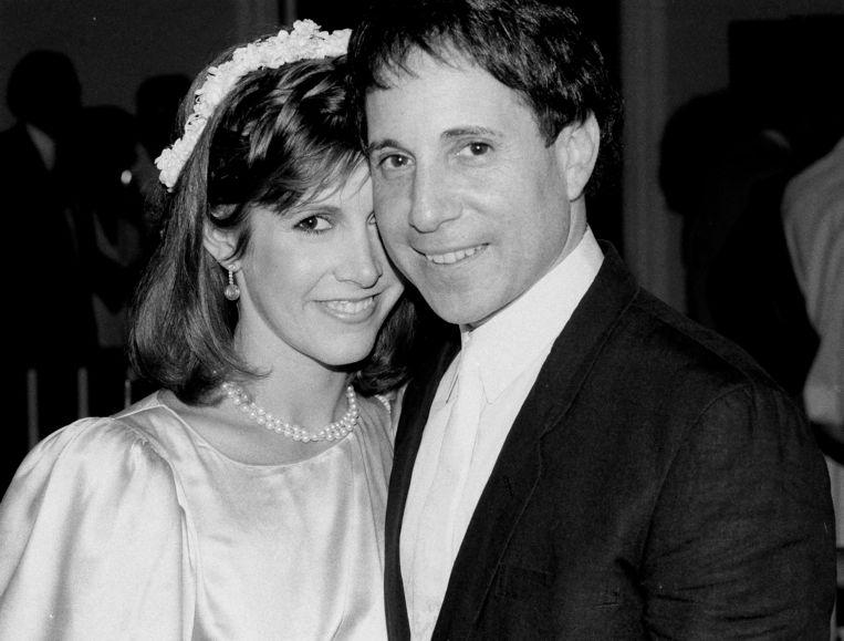 In 1982 met echtgenoot Paul Simon.