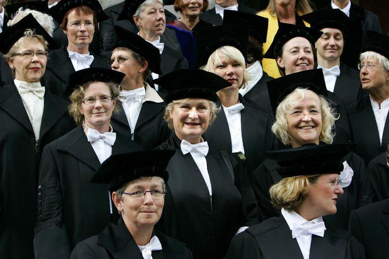 Bussemaker kan de schijn vermijden dat de vrouwelijke elite goed voor zichzelf zorgt. Beeld null
