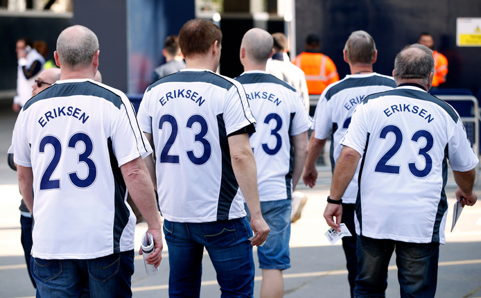Tottenham Hotspur-fans die idolaat zijn van een voormalige Deen van Ajax.