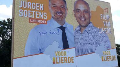 Burgemeester Soetens trekt met 'snor en stoppelbaard' naar de kiezer