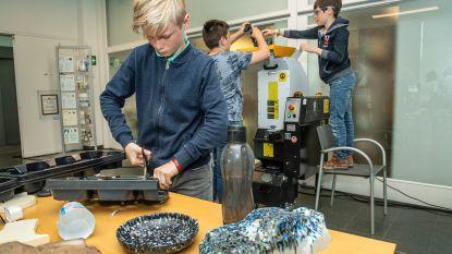 Leerlingen De Zonnebloem recycleren hun eigen plastic afval