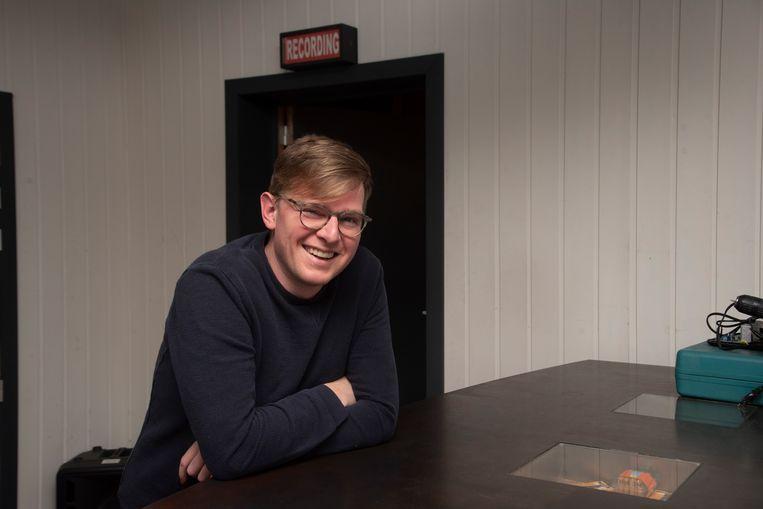 Bassist Stijn Tondeleir is al 17 jaar kind aan huis bij Studio Germain in Wetteren.
