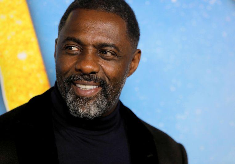 De acteur Idris Elba zou zichzelf hebben laten testen op corona, iets dat niet voor iedereen weggelegd is.  Beeld REUTERS