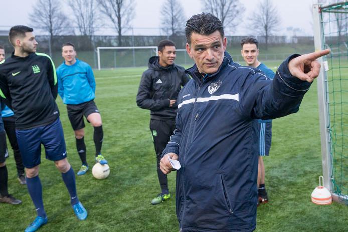 Carlos de Jonge, trainer van SSV'65