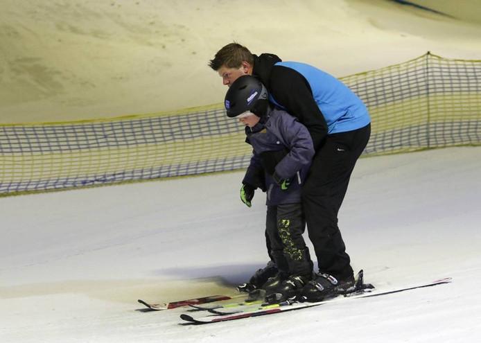 Skiën in Skidôme in Rucphen. Straks kan het ook in Wilrijk, onder Antwerpen. FOTO Gerard van offeren/pix4profs