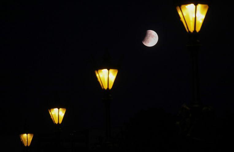 De maansverduistering gezien vanuit Berlijn.