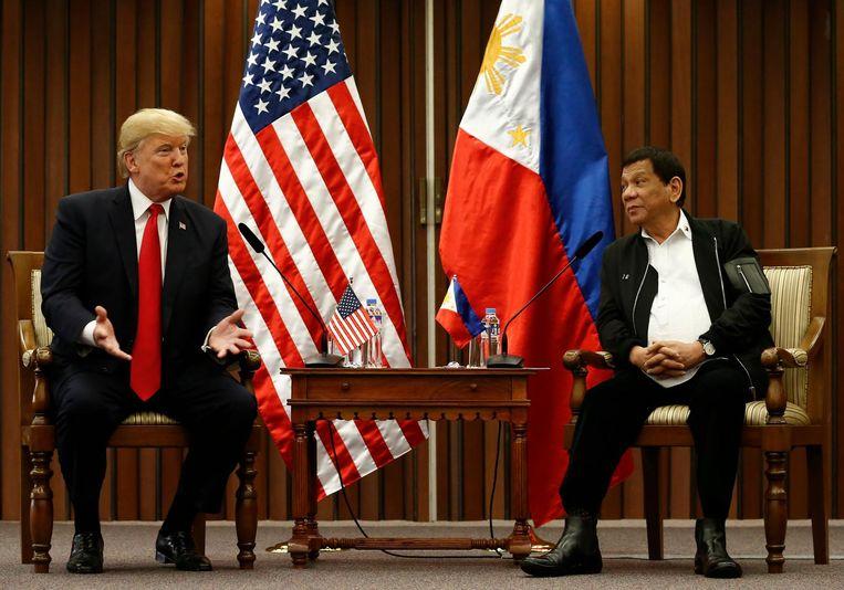 De Amerikaanse president Trump en zijn collega Duterte bij een eerdere ontmoeting.