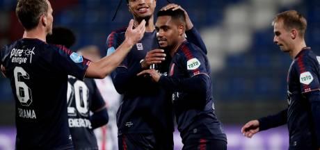 FC Twente blijft verrassen en is voor één nacht de koploper van de eredivisie