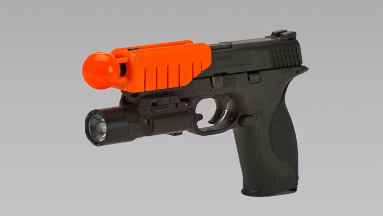 The Alternative, bevestigd aan een wapen. Beeld Alternative Ballistics