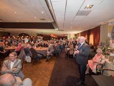 Geesteren zegt massaal huisarts Henk Martens gedag in Zaal Kottink