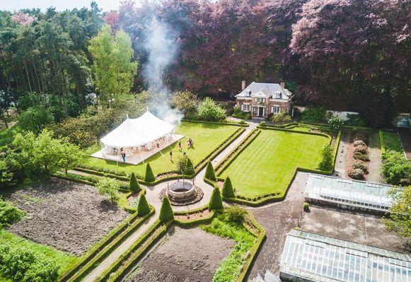 In de secret garden kunnen kleine evenementen plaats hebben