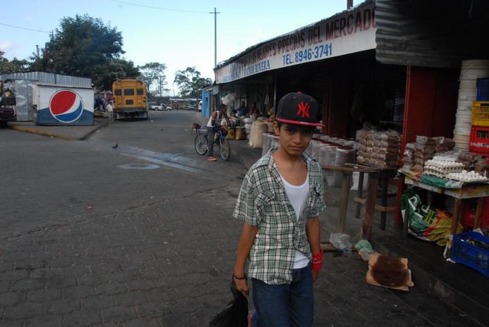 Markttafereel, vlakbij het busstation.