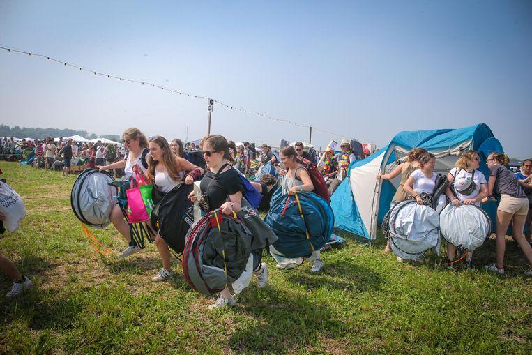 Ook dit jaar kozen de meeste festivalgangers voor opgooitentjes.