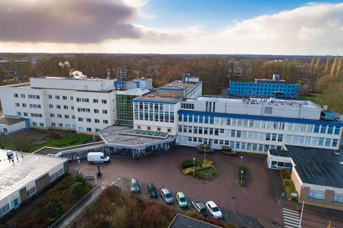 Het Dokter Jansenziekenhuis in Emmeloord. Aangekocht door de gemeente met de Antonius Zorggroep als belangrijkste huurder.