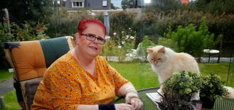 Lea (50) was één van de eerste coronapatiënten van Nederland en is na zes maanden nog niet hersteld: 'Ik moest alles opnieuw leren'