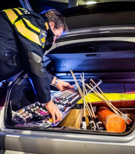 Dordtse Vogelbuurt ontsnapt aan vuurwerkramp: Man slaapt met 176 cobra's onder zijn bed