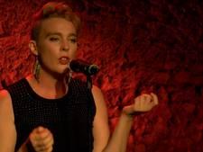 Franse zangeres (35) geëlektrocuteerd tijdens concert