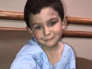 Noah, 5 ans, sauve sa famille de l'incendie de leur maison