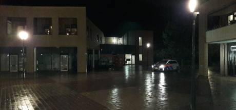 Politie pakt persoon op na oproep te komen rellen in Nijverdal