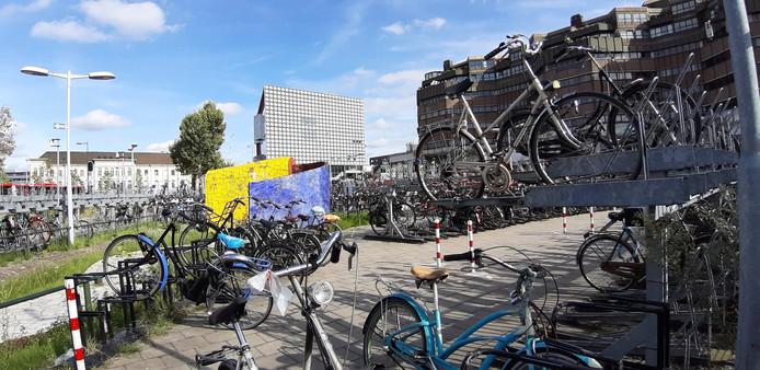 Alle fietsen zullen vandaag van Smakkelaarsveld verwijderd worden