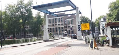 Orthenbrug bij Citadellaan maand dicht