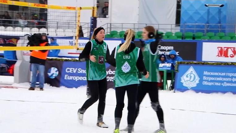 Snowvolleybal.