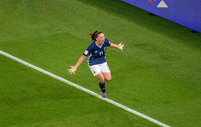 La deuxième tentative était la bonne: sur penalty, à la 94e minute, Florencia Bonsegundo a offert le point de l'espoir à l'Argentine