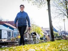 Project 'dierenvriend als maatje' helpt ouderen in zorg voor huisdier: 'Pip is veel gelukkiger'