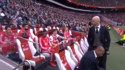 Invallen? Daar denkt Duits international van Ajax duidelijk anders over (waarna hij naar B-kern wordt verwezen)