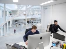 Aannemers kwijlen bij de gloednieuwe werkplaats van het Edese Technova College