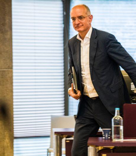 Situatie verslechterd: burgemeester Enschede met corona opgenomen in ziekenhuis