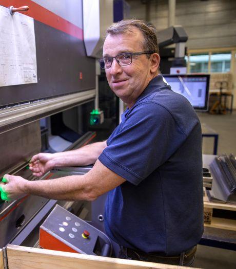 Plaatwerktoeleverancier Driessen in Eersel: computer helpt bij bepalen buigvolgorde