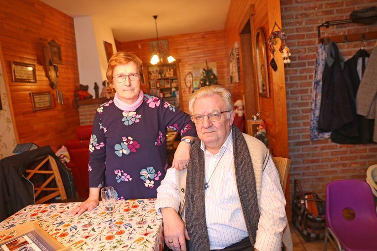 Karel Janssens en zijn vrouw Els De Leeuw wonen al sinds 1984 in hun huis langs de Edingsesteenweg.