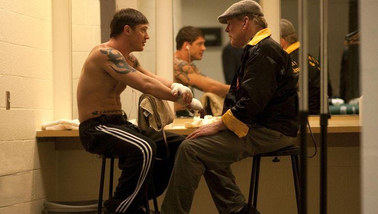 Tom Hardy (links) en Nick Nolte in Warrior Beeld null