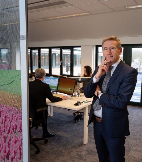 Burgemeester Westmaas van Noordoostpolder positief getest op corona
