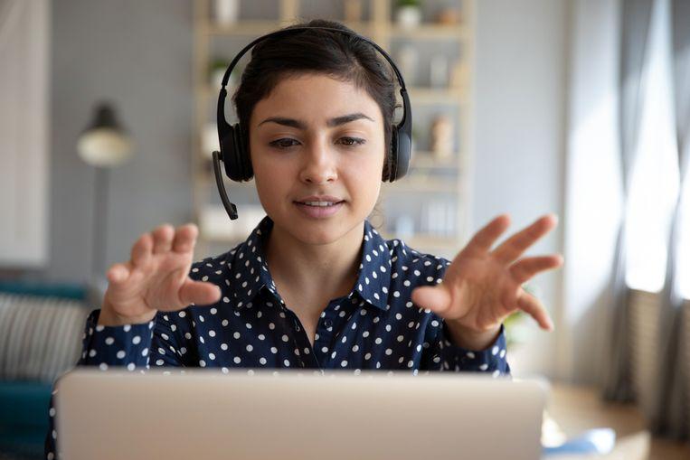 Internetiquette: ook voor videobellen zijn er gedragsregels.  Beeld Shutterstock
