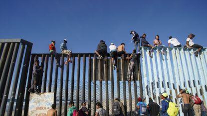 Meer dan 1.500 migranten uit migrantenkaravaan bereiken Amerikaanse grens