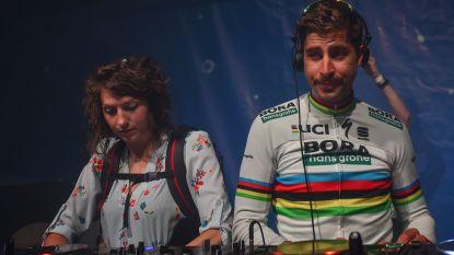 KOERS KORT 02/08. Sagan wint in Herentals en kruipt achter de draaitafels - Teuns voor twee jaar naar Bahrain-Merida - Froome voor tweede keer vader