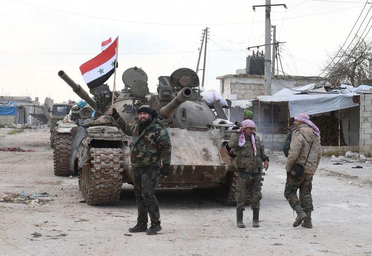 Syrische soldaten, gesteund door Rusland, namen de voorbije dagen regelmatig het Turkse leger onder vuur.