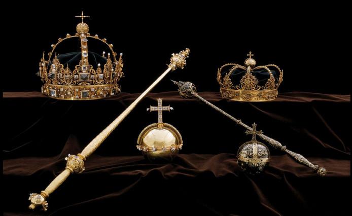 Dieven gingen vorig jaar met twee kronen en een rijksappel aan de haal.