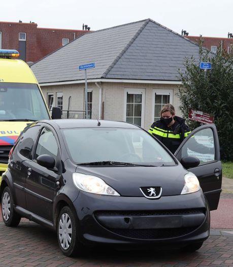 Vrouw op fiets gewond door aanrijding in Waalwijk