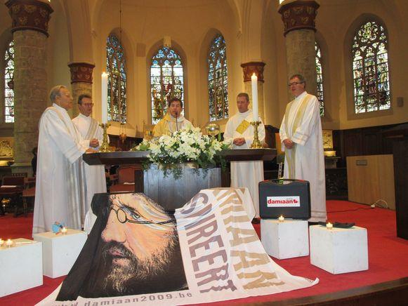 De feestelijke mis werd voorgegaan door bisschop Lode Aerts